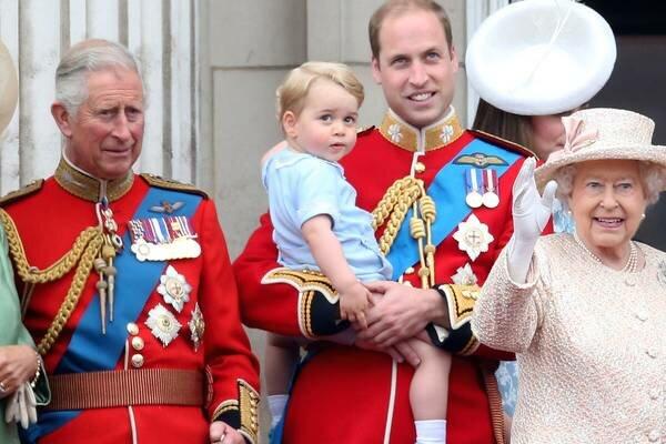 Wybrano następce tronu! Gazeta wyjawiła, kto zastąpi królową Elżbietę II oraz podała datę koronacji